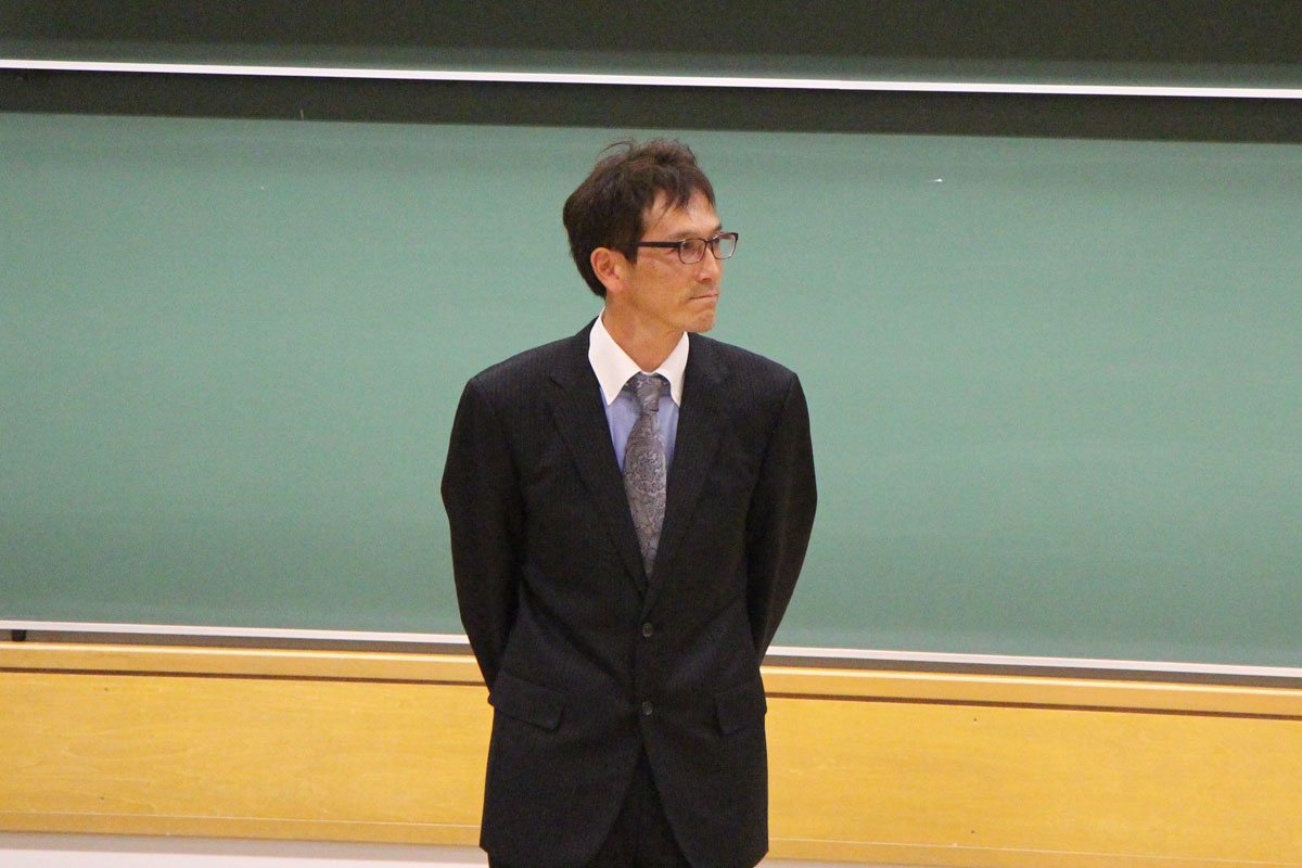 苅部俊二先生(スポーツ健康学部教授)